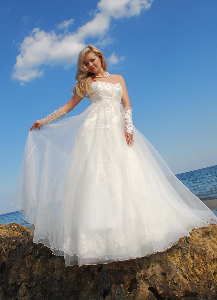 Свадебный салон счастливое платье
